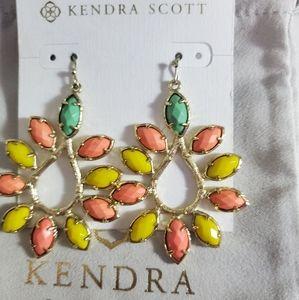 Kendra Scott Nyla Earrings